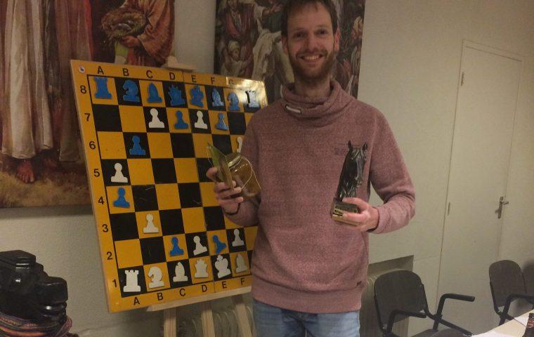 Joren Mulder wint kerstschaak 2019