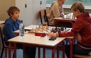 Wouter (links) in zijn partij tegen Florian
